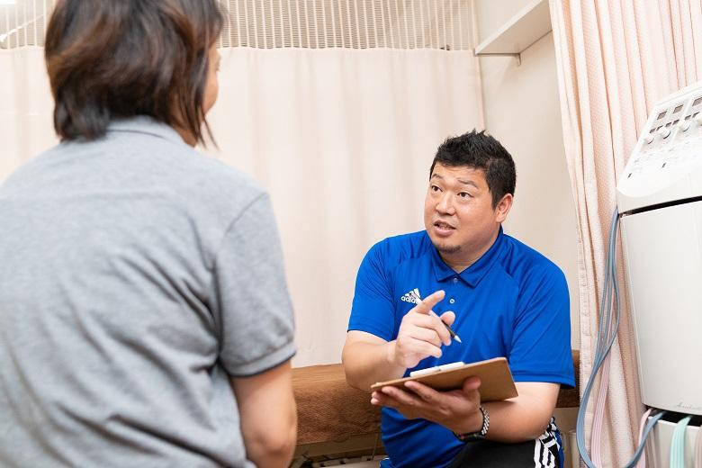 問診風景|福島市の桂はり・きゅう整骨院